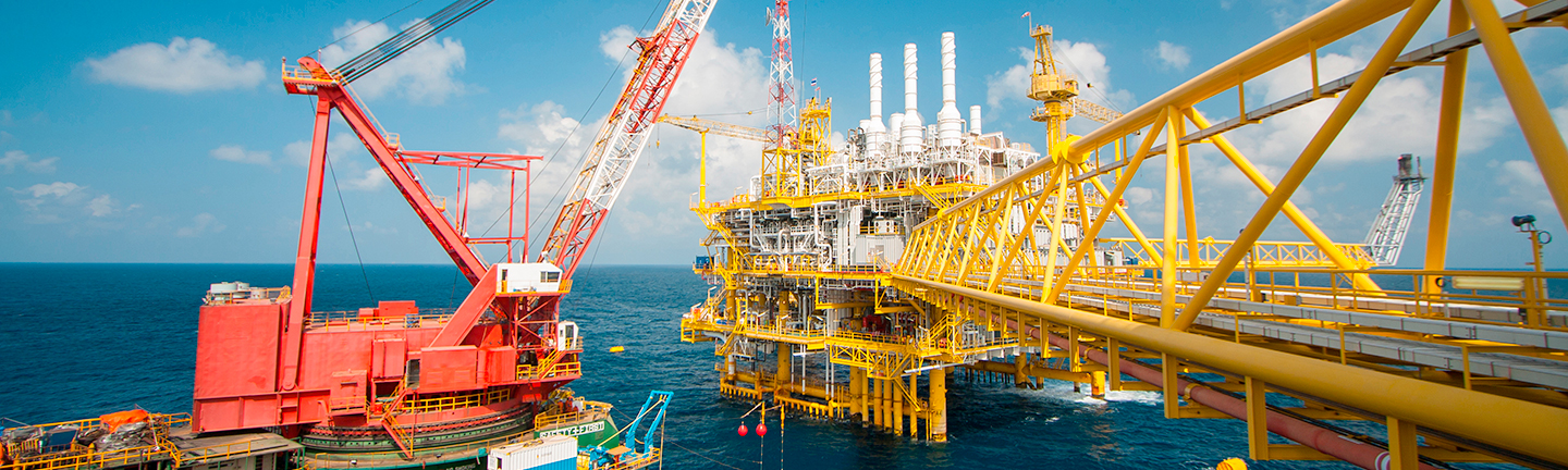 High performance steel wire ropes from TEUFELBERGER on oil platforms around the globe.